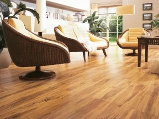 laminatová podlaha